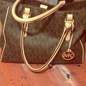 Mk bag signature bag